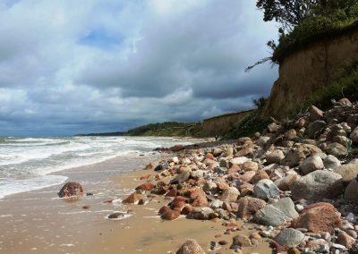 Pāvilosta - Labrags: krasta līnijas dažādība