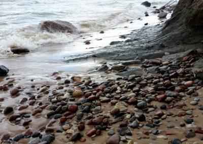 Pāvilosta - Labrags: māli, smiltis un akmeņi
