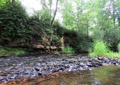 Upe ir gana sekla, lai pa to bristu gandrīz visā takas garumā